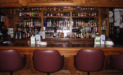 Hale's Restaurant & Lounge